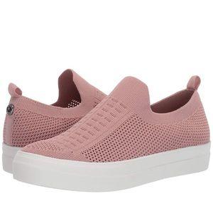 NEW Steve Madden Sneakers